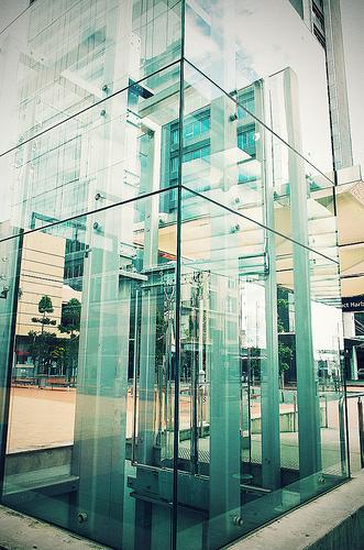 glass-elevator
